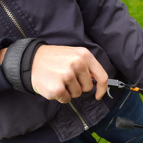 Can you shoot a recurve bow with a release?
