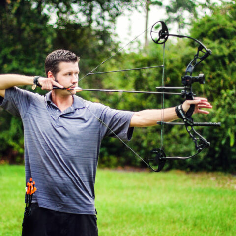 How to choose the right draw weight for your compound bow